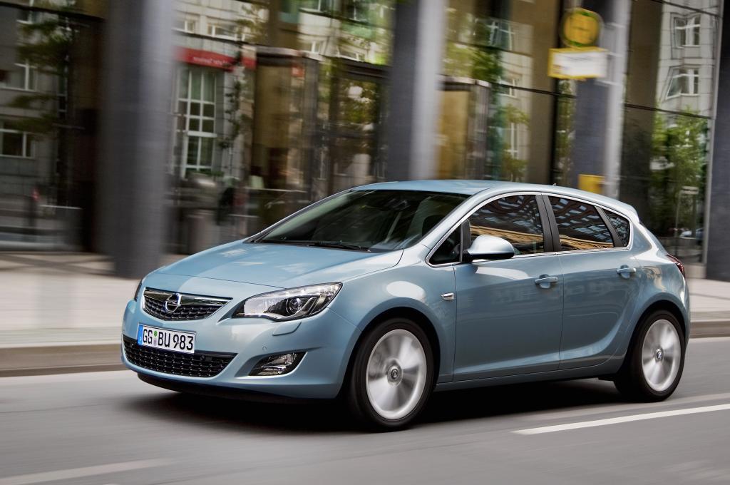 Opel bietet Astra-Sondermodelle speziell für Fahrschulen