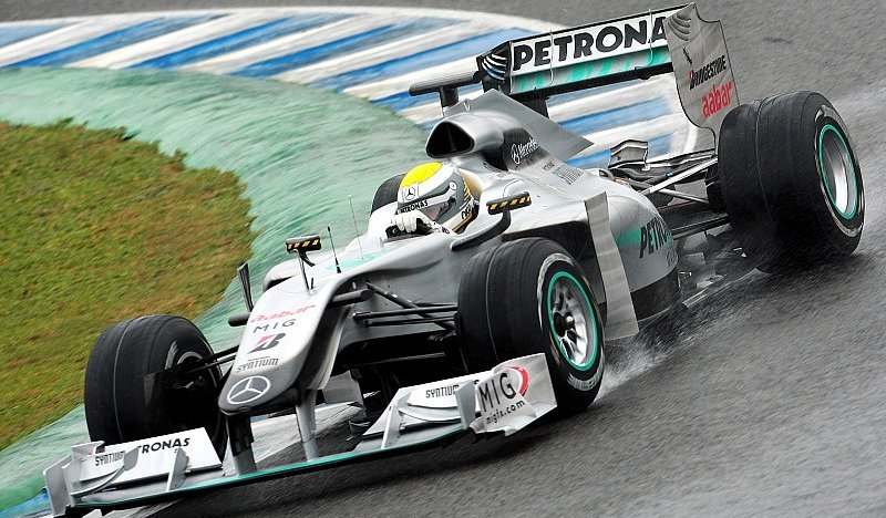 Rosberg in Jerez vorne: Regen am 1. Testtag