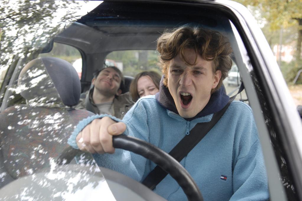 Studie bestätigt: ''Schläfrige'' junge Erwachsene verursachen mehr Autounfälle