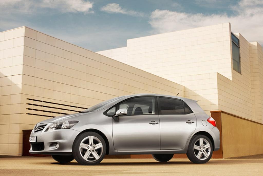 Toyotas neuer Auris: Seitenansicht.