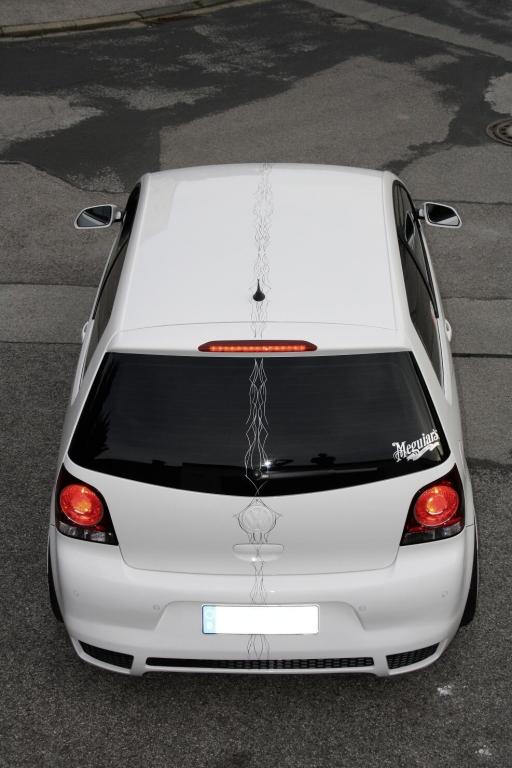 Tuningprojekt Polo 9N3: Exklusiver Polo mit Kaiserlilien und maßgeschneiderten Details