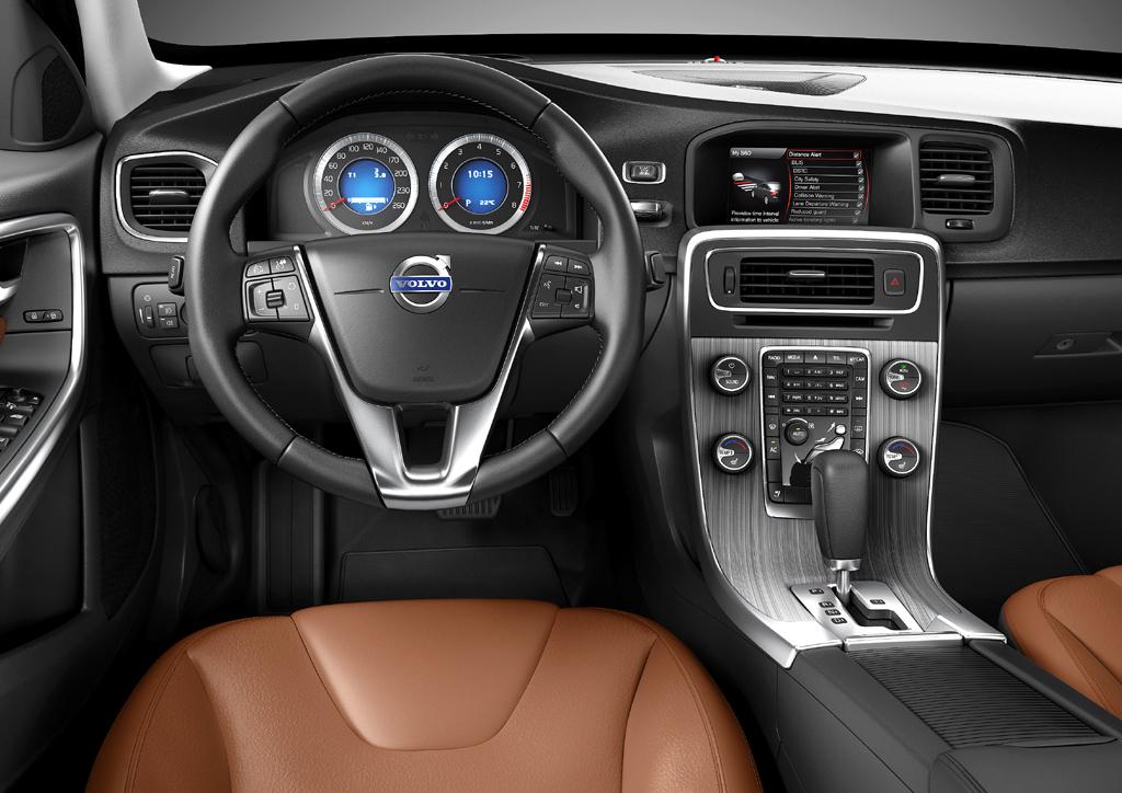 Volvo S60: Das Cockpit ist funktionell-sportlich gestaltet.