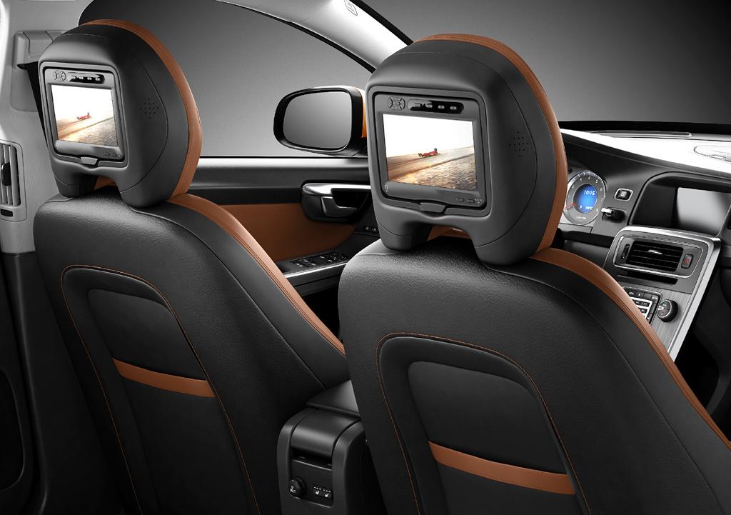 Volvo S60: In diese Rückseiten der Vordersitze sind Monitore eingebaut.