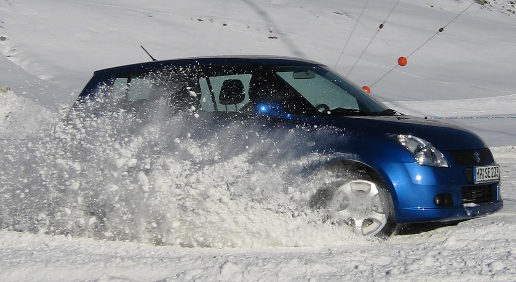 Winter und Allrad passen beim japanischen Kleinwagen-Hersteller Suzuki zusammen.