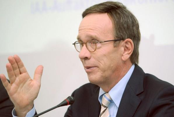 Wissmann: Bei effizienter Logistik ist auch die Politik gefordert