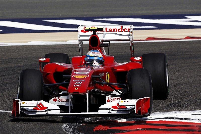 Alonso beginnt Ferrari-Zeit mit Sieg: Massa mit Problemen