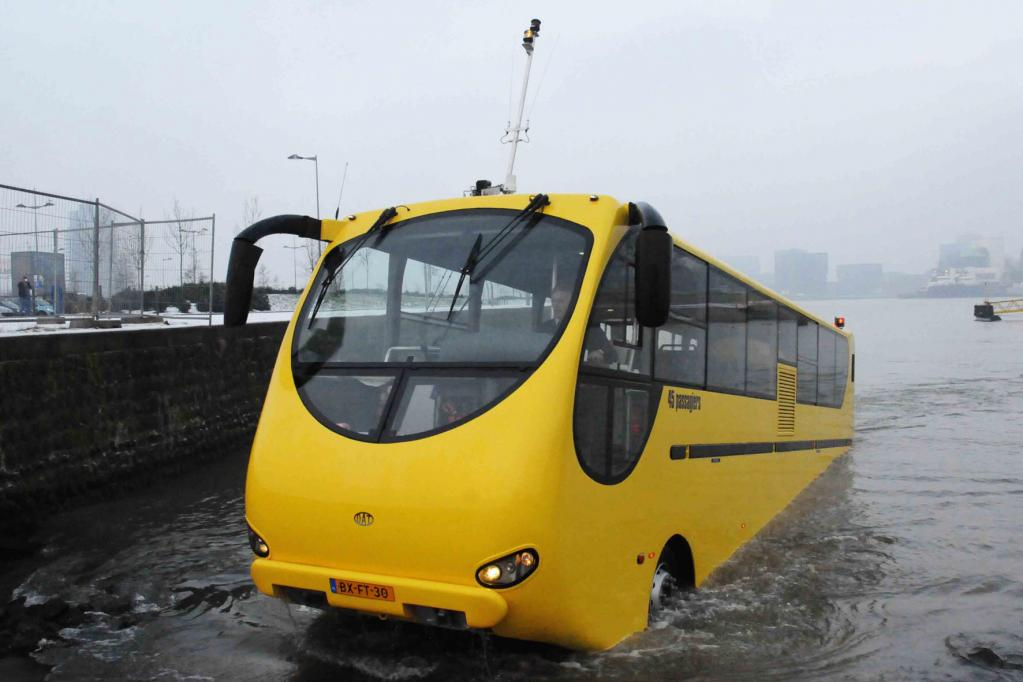 Amphibien-Bus ersetzt Fähre