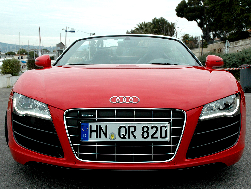 Audis neuer R8 Spyder: Frontansicht.