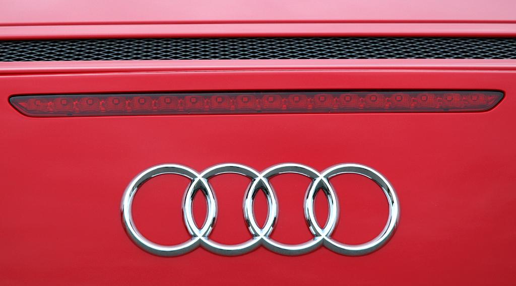 Audis neuer R8 Spyder: Heckdetail mit den vier Audi-Ringen.