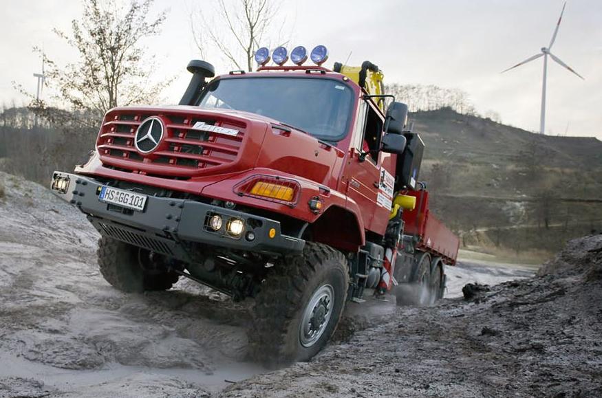 Daimler setzte 45 Prozent weniger Lastwagen ab