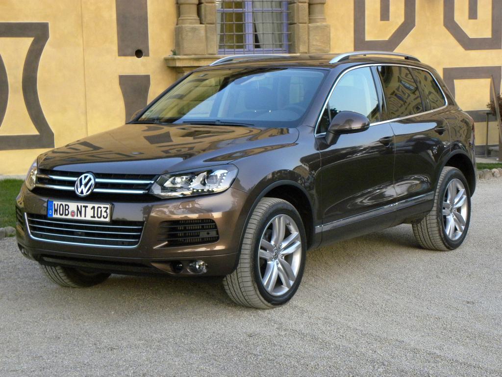 Exclusive-Ausstattungen für Volkswagen Touareg ab sofort bestellbar
