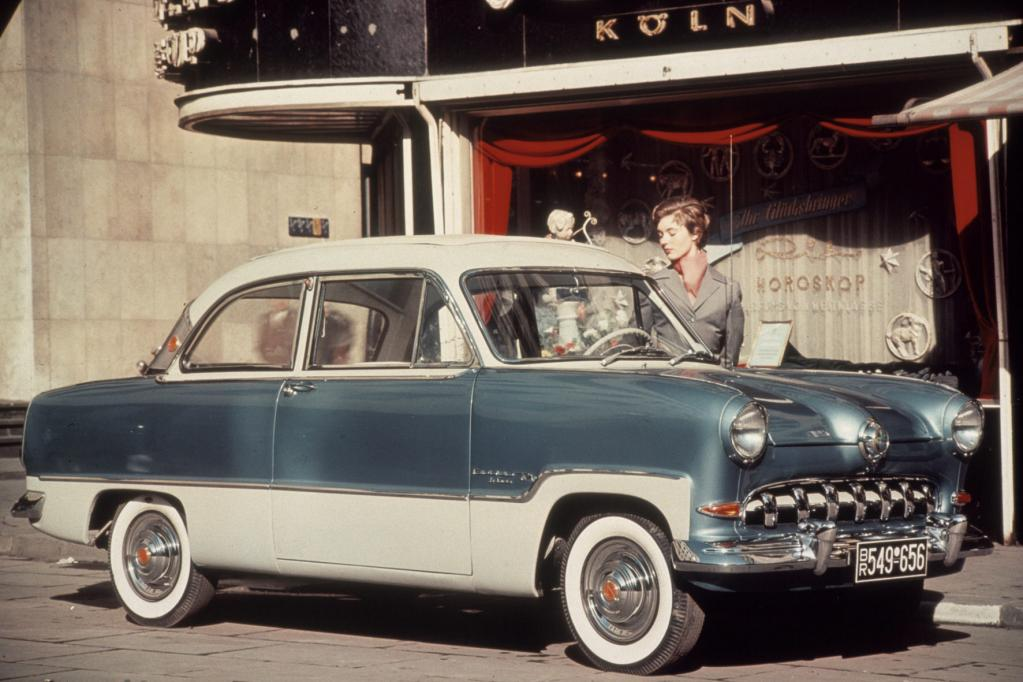 Ford Deutschland: Weltkugeln, Badewannen und spanische Feste