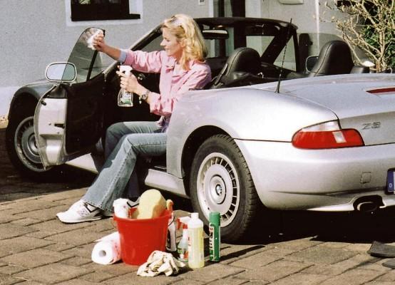 GTÜ empfiehlt zum Frühjahr gründliche Autopflege