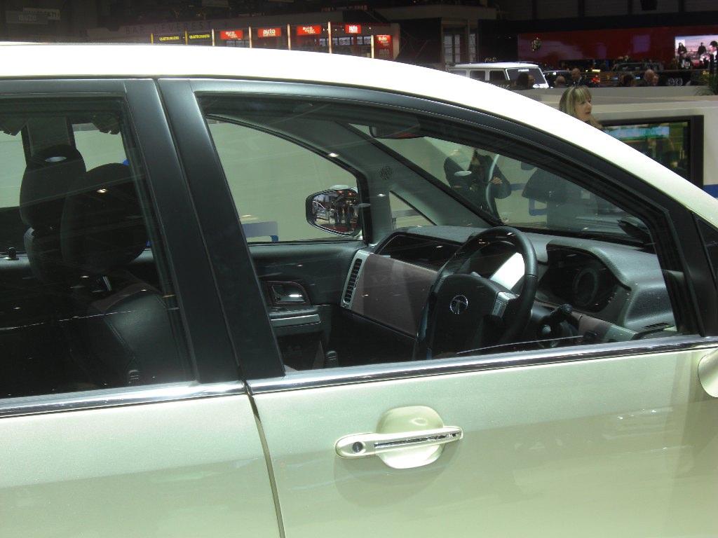 Genf 2010 (Mini)Vans: Weltpremiere des neuen VW Sharan - Tata Aria Europapremiere