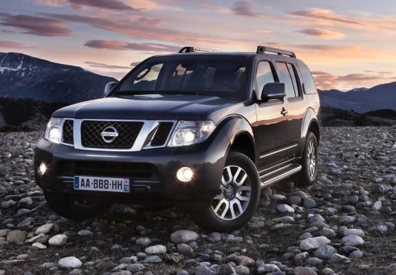 Genf 2010: Nissan wertet Pathfinder und Navara auf