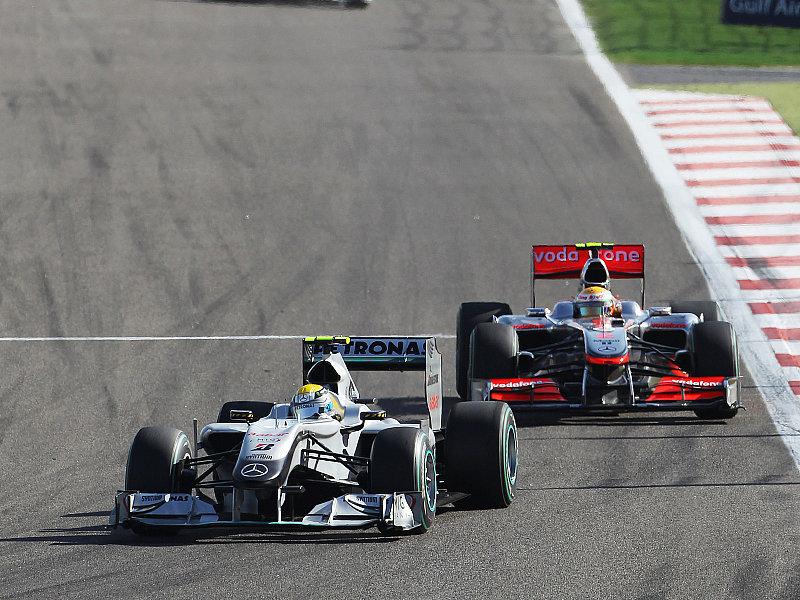 Hamilton : Red Bull sind die Besten: Mercedes als direkter Vergleich