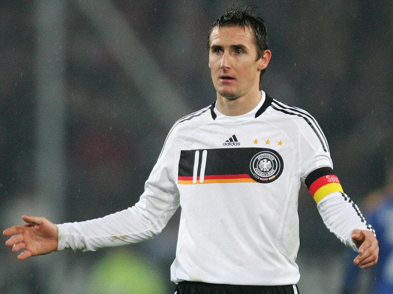 Kicker und ihre Autos: Unsere Fußball Nationalelf. Heute: Miroslav Klose. Quelle: gfdb.com