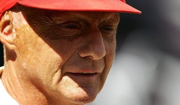 Lauda: Schumacher braucht noch Zeit: Ab Malaysia ist er wieder da