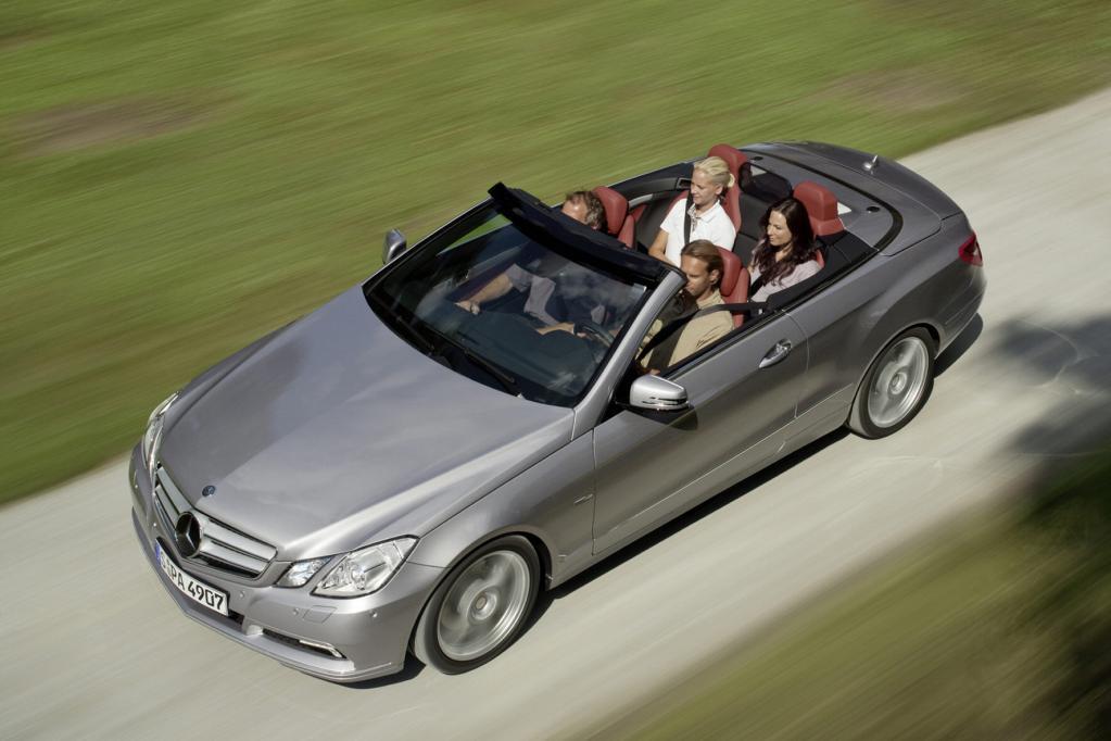 Mercedes E-Klasse Cabrio vor dem Start