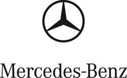 Mercedes Museum: Frauen und Autos