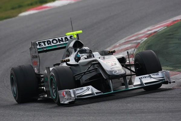 Mercedes baut für Bahrain noch um: Anderer Frontflügel und besserer Diffusor