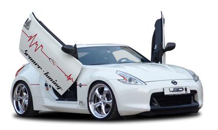 Nissan 370Z mit Flügeltüren