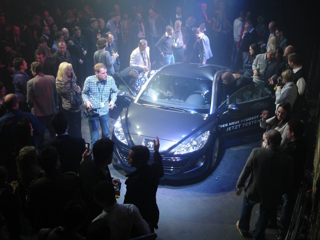 Peugeots Sportcoupé RCZ: In Berlin in Szene gesetzt