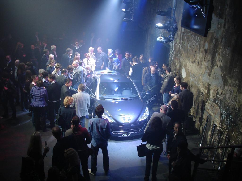 Peugeots Sportcoupé RCZ: In Berlin in Szene gesetzt - Bild