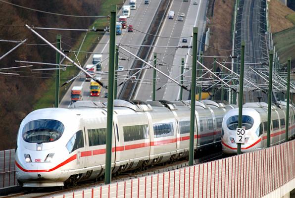 Preise für Mobilität: Busse und Bahnen dramatisch teurer geworden