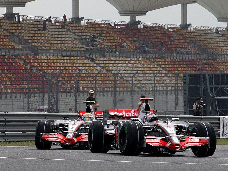 Stallkrieg 2007: Hamilton räumt Fehler ein: Alonso & Team missverstanden