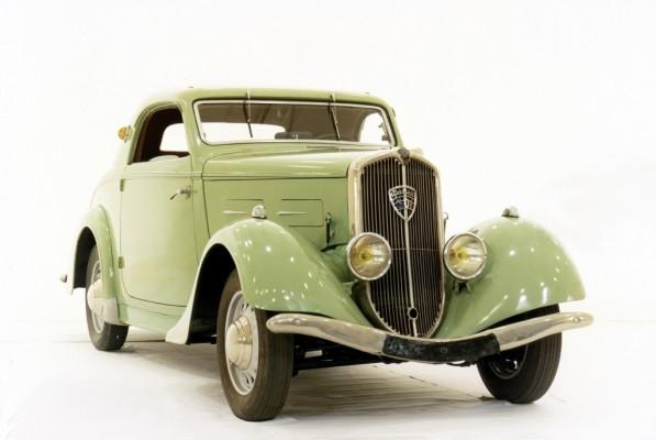 Techno Classica 2010: Peugeot zeigt Sport-Coupé 301 und 505 auf Oldtimermesse