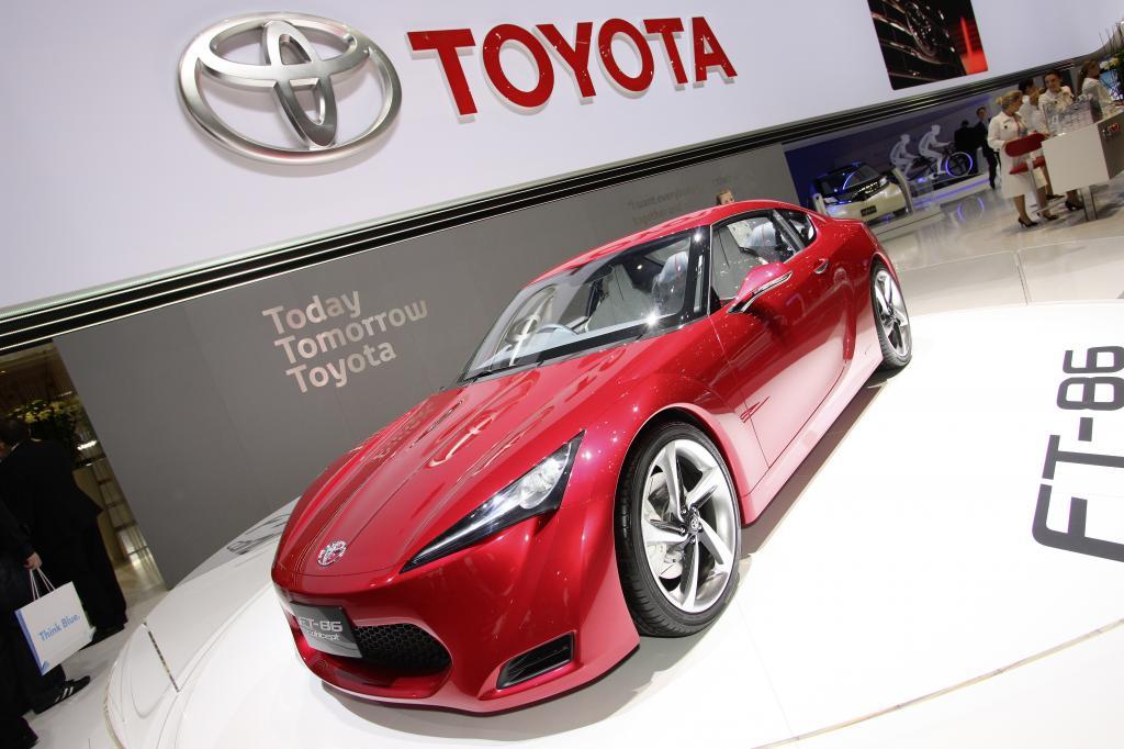 Toyota FT-86.