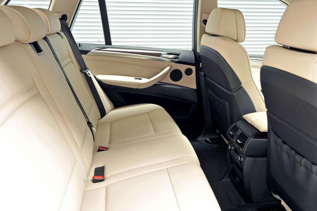 BMW X5: Bekanntes Gesicht, sparsamere Motoren