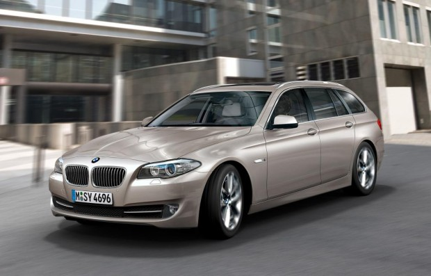 AMI 2010: BMW 5er Touring hat Weltpremiere