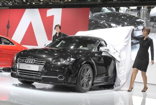AMI 2010: Dynamisch, leicht, und hocheffizient – Audis TT als Weltpremiere