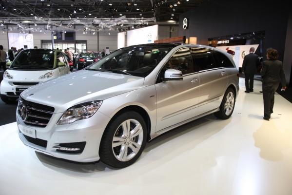 AMI 2010: Europapremiere für die neue Mercedes-Benz R-Klasse