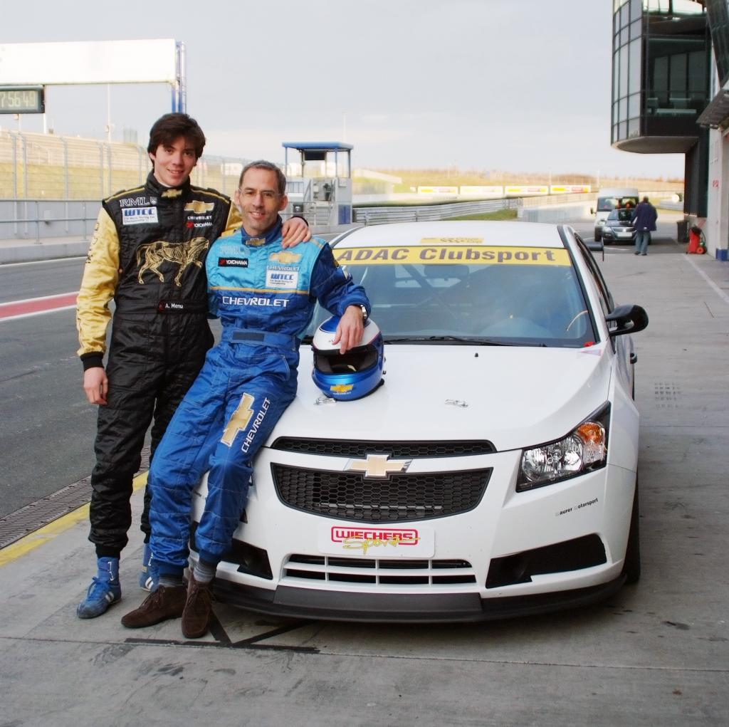 Alain Menu testete die Cupversion des Chevrolet Cruze