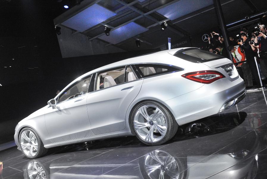Auto China 2010: Mercedes zeigt verlängerte E-Klasse