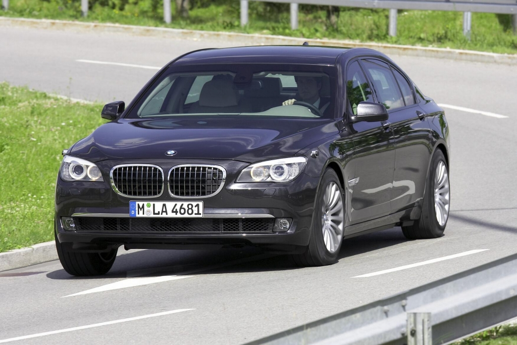 BMW xDrive für alle 5er GT und den 740 d verfügbar