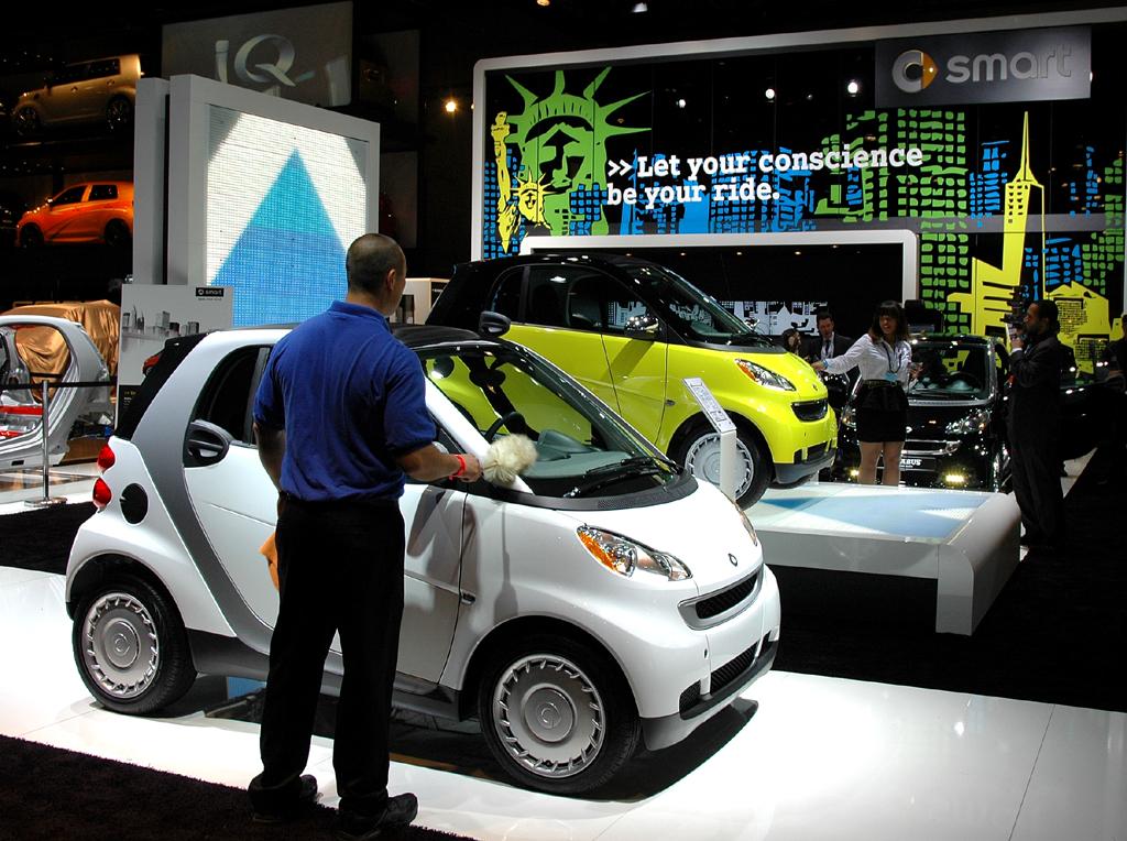 Bei Smart wird es neben dem Zweisitzer-Coupé und -Cabrio durch die Zusammenarbeit mit Renault/Nissan auch wieder einen Viersitzer geben.