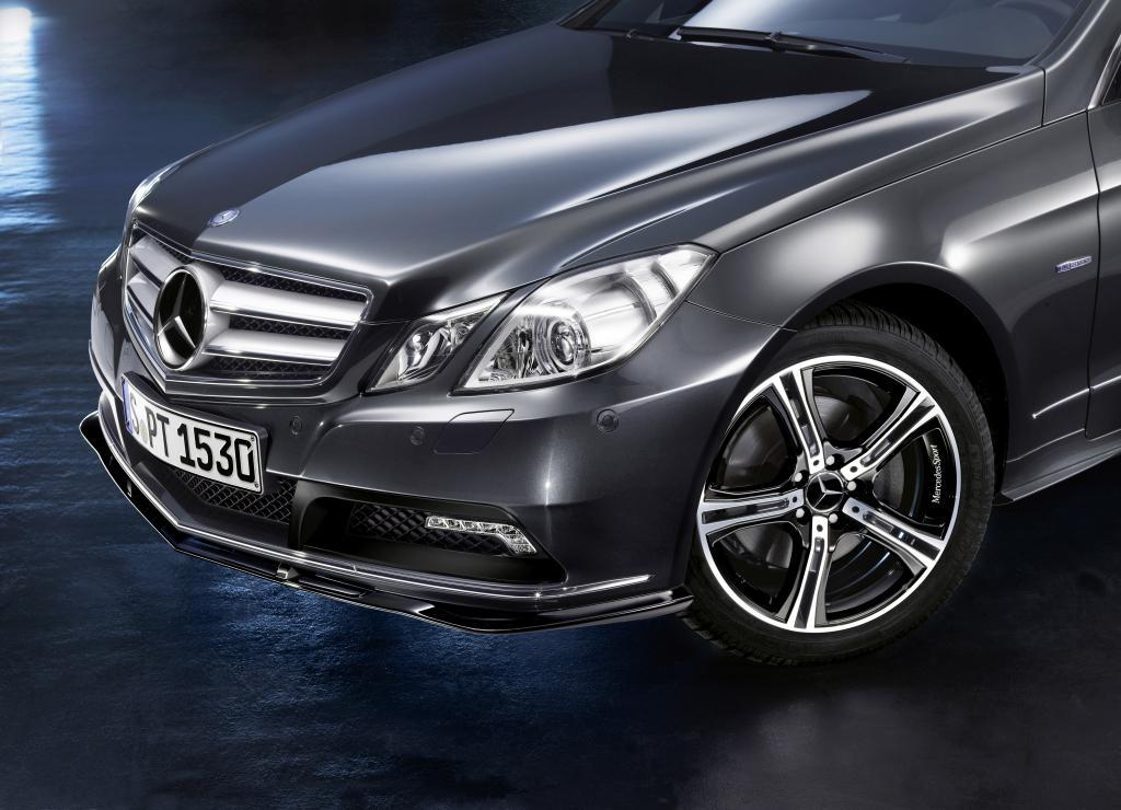 Bicolor-Leichtmetallrad von Mercedes-Benz Accessories.