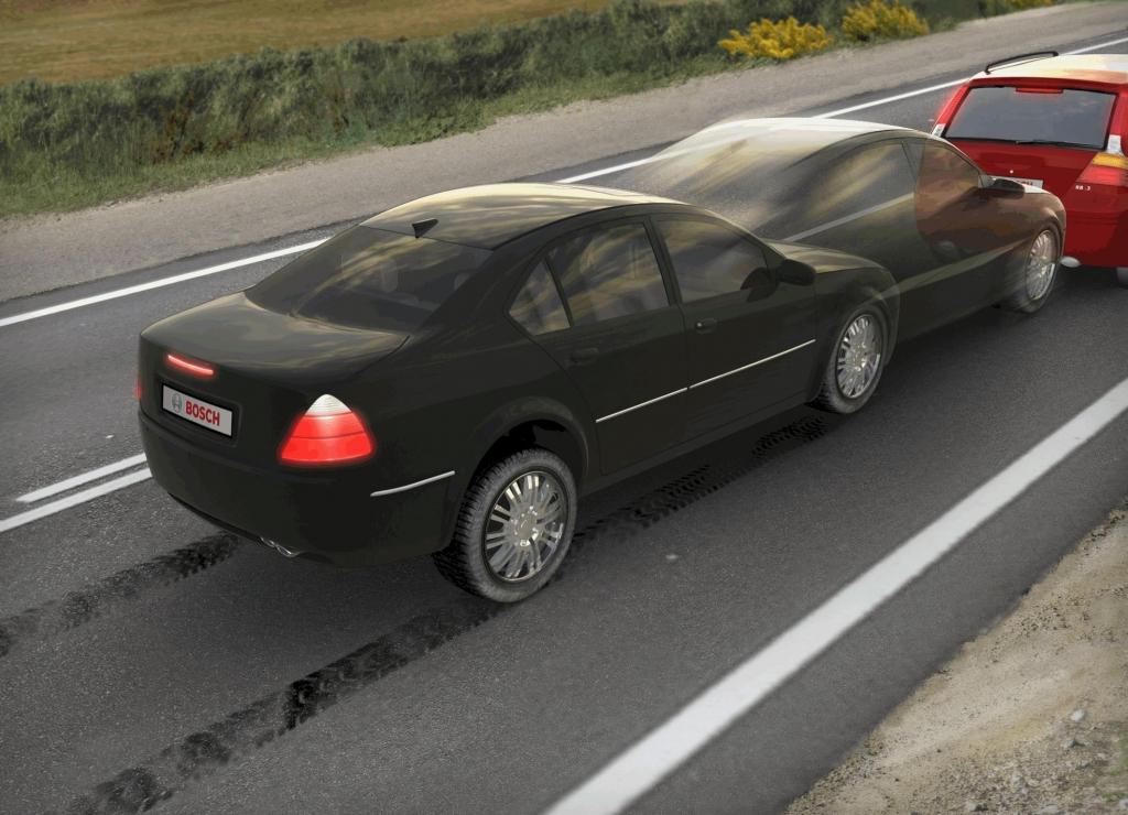 Boschs Notbremssystem soll den Fahrer bei der Bremsung unterstützen.