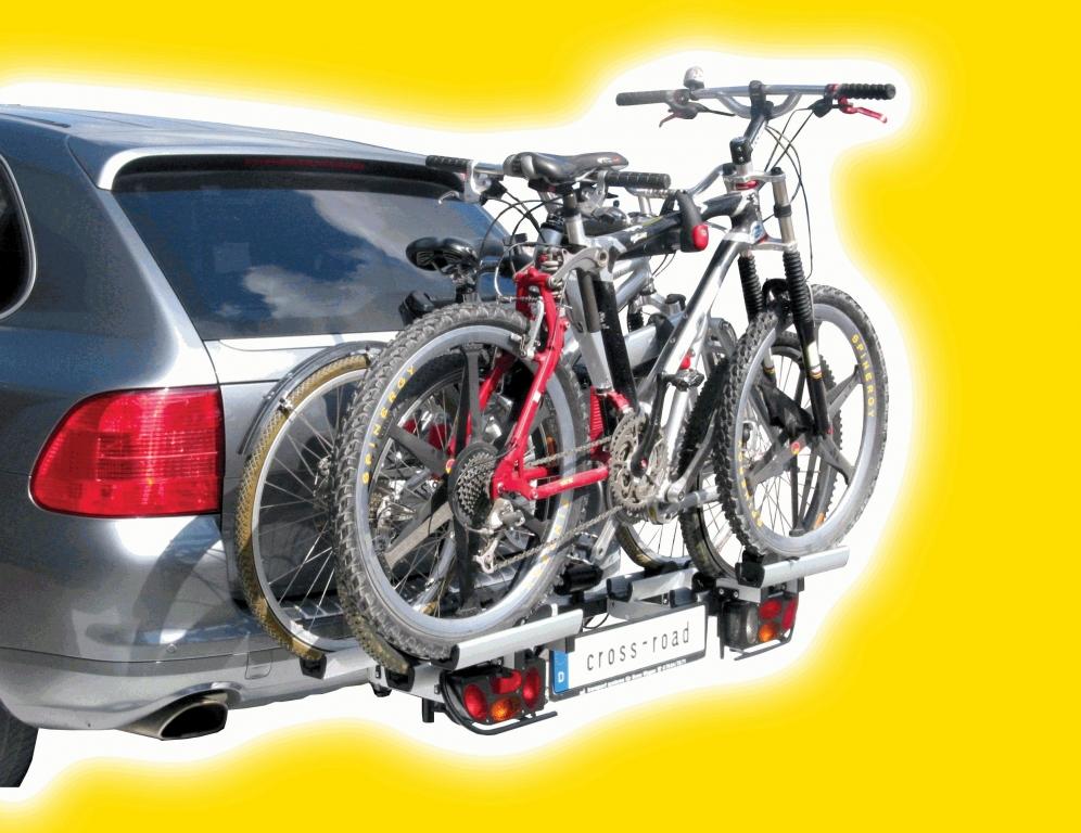 Das Trägersystem cross-road ist eine spezielle Variante für Geländefahrzeuge mit hoch liegenden Auspuffendrohren sowie SUVs und SAVs.