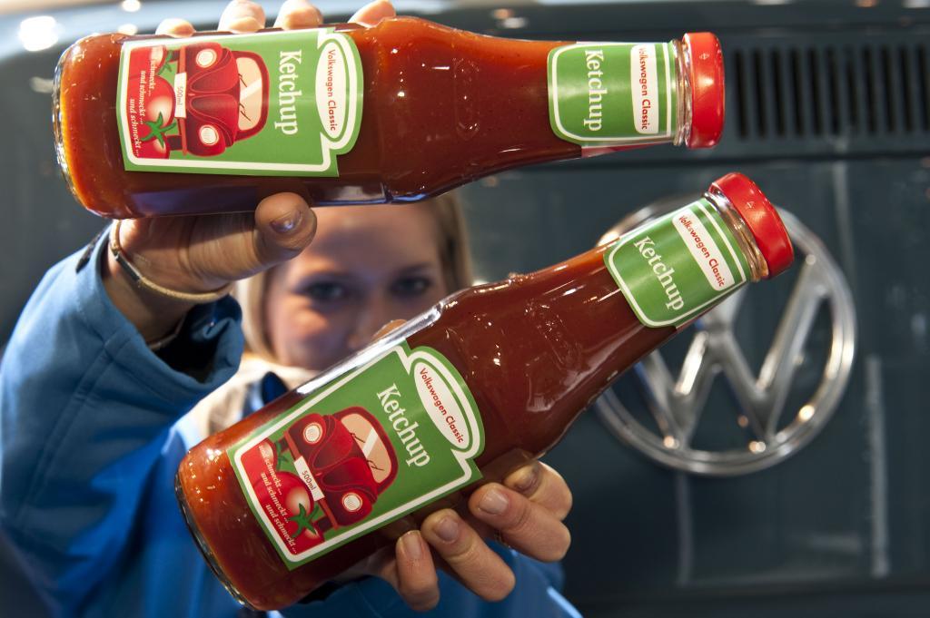 """Der """"Volkswagen Classic Ketchup"""" mit kleinem Käfer auf dem Etikett ist auf 1000 Flaschen limitiert."""