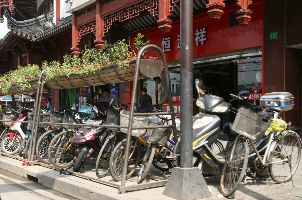 Die Vorbereitungen zurf Expo 2010 in Shanghai laufen.