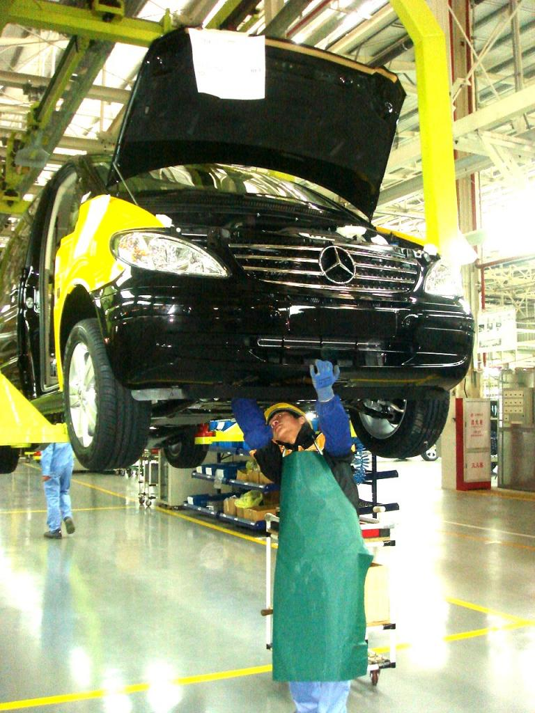 Fujian Daimler startet Viano-Produktion