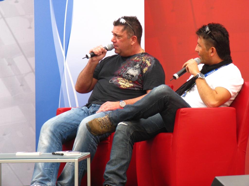Jörg und Dragan auf dem Promi-Sofa