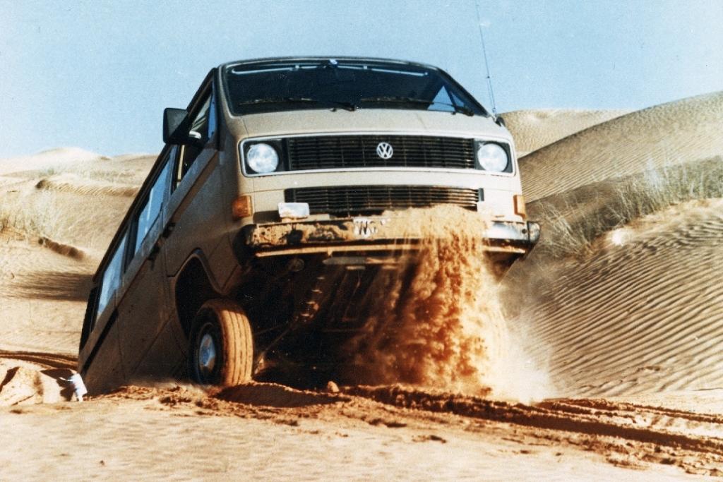 Letzte Erprobungsfahrten mit dem VW T 3 Syncro in der Wüste.