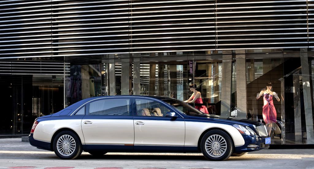 Maybach-Modellpflege: Es gibt die Limousinen und das offene Landaulet.