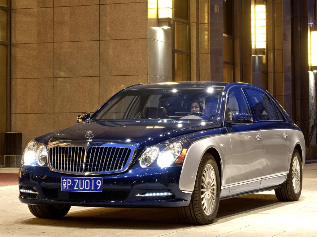 Maybach hat seine Highend-Limousinen modellgepflegt.